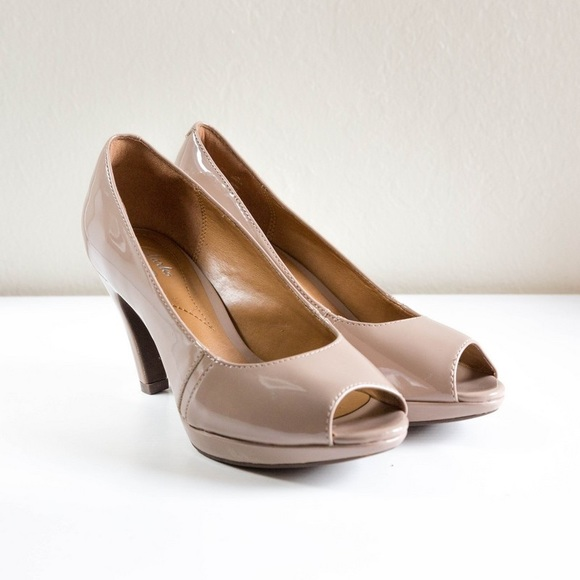 0ef0a842aacb Clarks Shoes - Clarks Narine Rowe Platform Pump in Taupe Patent